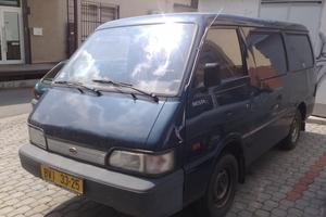 Трехместный фургон 4-дв.