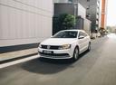 Фото авто Volkswagen Jetta 6 поколение [рестайлинг], ракурс: 45 цвет: белый
