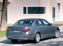 Фото авто BMW 5 серия E60/E61, ракурс: 225 цвет: серебряный
