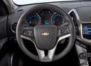 Фото авто Chevrolet Cruze J300 [рестайлинг], ракурс: рулевое колесо