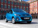 Фото авто Mazda 2 DE [рестайлинг], ракурс: 315 цвет: голубой