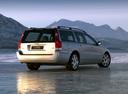 Фото авто Volvo V70 2 поколение [рестайлинг], ракурс: 225