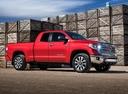 Фото авто Toyota Tundra 2 поколение [3-й рестайлинг], ракурс: 315 цвет: красный