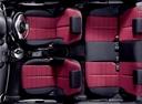 Фото авто Mazda Demio DE, ракурс: салон целиком
