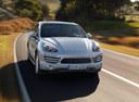 Фото авто Porsche Cayenne 958, ракурс: 315 цвет: серебряный