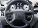 Фото авто Mitsubishi Montero 3 поколение [рестайлинг], ракурс: рулевое колесо