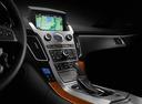 Фото авто Cadillac CTS 2 поколение, ракурс: центральная консоль