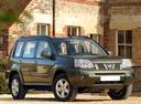 Фото авто Nissan X-Trail T30 [рестайлинг], ракурс: 315 цвет: зеленый