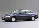 Фото авто Mazda Familia BH, ракурс: 45