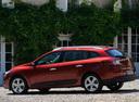 Фото авто Renault Megane 3 поколение, ракурс: 90 цвет: красный