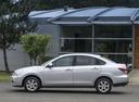 Фото авто Nissan Almera G11, ракурс: 90 цвет: серебряный