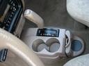 Фото авто Toyota Tacoma 1 поколение [2-й рестайлинг], ракурс: ручка КПП