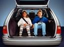 Фото авто Mercedes-Benz E-Класс W210/S210, ракурс: багажник цвет: серебряный