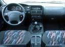 Фото авто Opel Frontera A, ракурс: торпедо