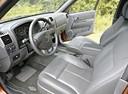 Фото авто Chevrolet Colorado 1 поколение, ракурс: рулевое колесо