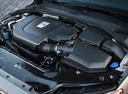 Фото авто Volvo V70 3 поколение, ракурс: двигатель