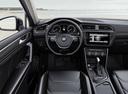 Фото авто Volkswagen Tiguan 2 поколение, ракурс: торпедо