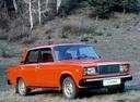 Фото авто ВАЗ (Lada) 2107 1 поколение, ракурс: 315 цвет: красный