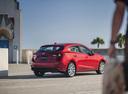 Фото авто Mazda 3 BM [рестайлинг], ракурс: 225 цвет: красный