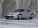 Фото авто Mercedes-Benz SLR-Класс C199, ракурс: 45 цвет: серебряный