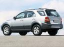 Фото авто Kia Sorento 1 поколение, ракурс: 135 цвет: серебряный