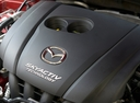 Фото авто Mazda Axela BM, ракурс: двигатель