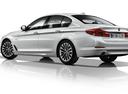 Фото авто BMW 5 серия G30, ракурс: 135 - рендер цвет: белый