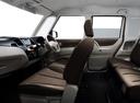 Фото авто Nissan Roox 1 поколение, ракурс: салон целиком
