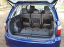 Фото авто Toyota Avensis Verso 1 поколение [рестайлинг], ракурс: багажник