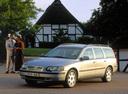 Фото авто Volvo V70 2 поколение, ракурс: 45