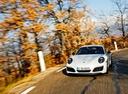Фото авто Porsche 911 991 [рестайлинг], ракурс: 45 цвет: белый