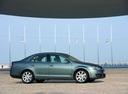 Фото авто Volkswagen Jetta 5 поколение, ракурс: 270 цвет: синий