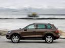 Фото авто Volkswagen Touareg 2 поколение, ракурс: 90 цвет: коричневый