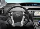 Фото авто Toyota Prius 3 поколение, ракурс: рулевое колесо