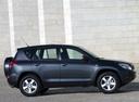 Фото авто Toyota RAV4 3 поколение, ракурс: 270 цвет: черный