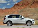 Фото авто BMW X5 F15, ракурс: 270 цвет: белый