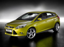 Фото авто Ford Focus 3 поколение, ракурс: 45 цвет: желтый