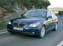 Фото авто BMW 5 серия E60/E61 [рестайлинг], ракурс: 45 цвет: синий