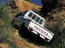 Фото авто Toyota Land Cruiser J70 [2-й рестайлинг], ракурс: 135