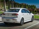 Фото авто Mitsubishi Lancer X [2-й рестайлинг], ракурс: 225 цвет: белый