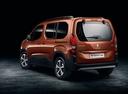 Фото авто Peugeot Rifter 1 поколение, ракурс: 135 цвет: оранжевый