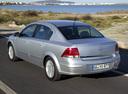 Фото авто Opel Astra Family/H [рестайлинг], ракурс: 135 цвет: серебряный
