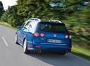 Фото авто Volkswagen Passat B6, ракурс: 135