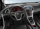 Фото авто Opel Astra J [рестайлинг], ракурс: торпедо