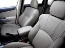 Фото авто Mitsubishi Outlander XL [рестайлинг], ракурс: сиденье