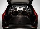 Фото авто Volvo XC90 2 поколение, ракурс: багажник цвет: черный