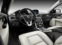 Фото авто Volvo V70 3 поколение, ракурс: торпедо