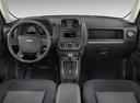 Фото авто Jeep Patriot 1 поколение, ракурс: торпедо