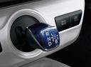 Фото авто Toyota Prius 4 поколение, ракурс: ручка КПП