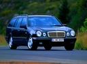 Фото авто Mercedes-Benz E-Класс W210/S210, ракурс: 315 цвет: черный
